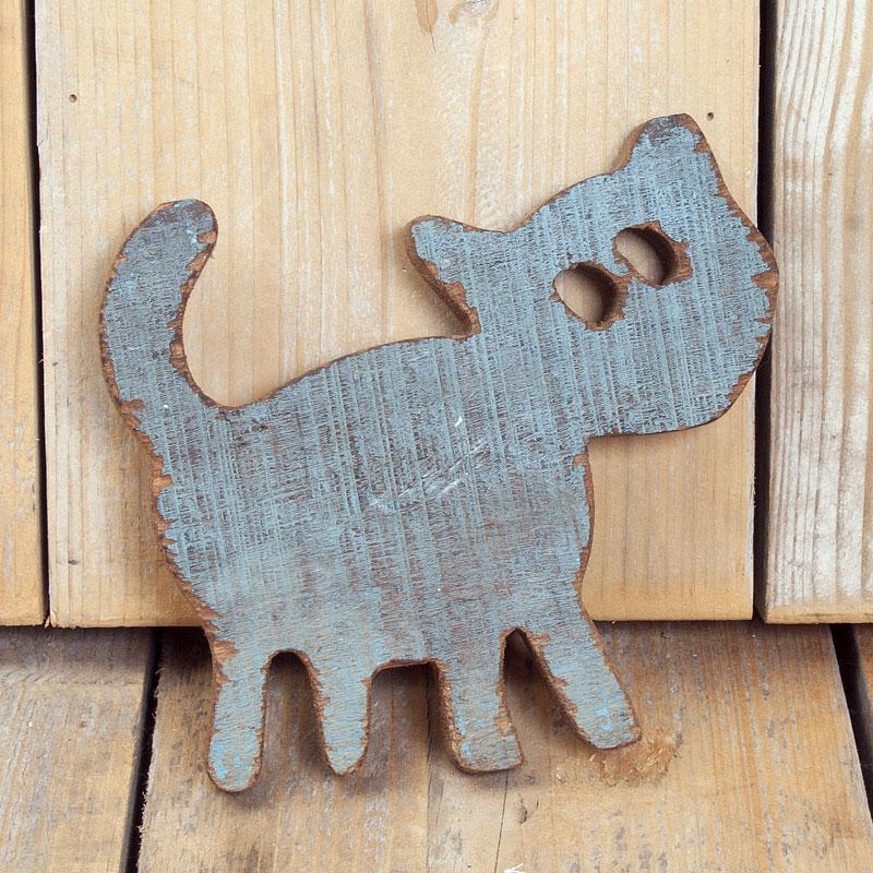 Cat hout blue